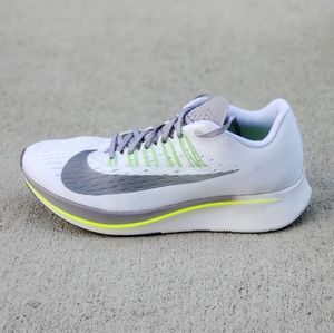 NIKE ZOOM FLY WOMEN'S RUNNING SHOES SIZE 7 NEW